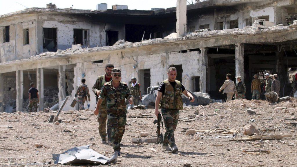El ejército sirio ya patrulla en gran parte de las calles de Alepo