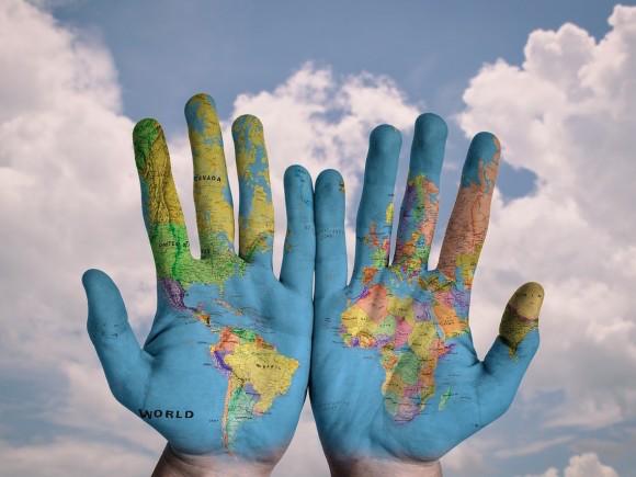 globalizacion-manos